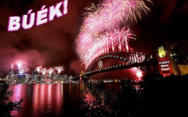 Valamennyi barátunknak, támogatóknak és ismerősünknek sikeres, boldog új esztendőt kívánunk!