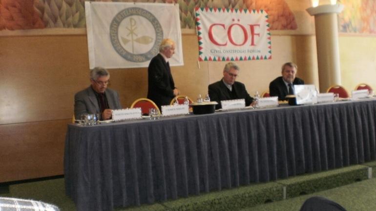 Részt vettünk a Civil Összefogás Fórum konferencáján